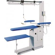 Консольный гладильный стол Comel BR/A-S2 с вакуумом и нагревом рабочей поверхности